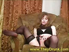 Drunk chick plays