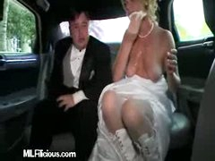 Wife Cleans Herself In Limo